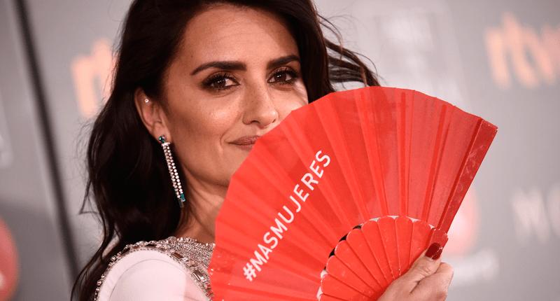 La noche de los abanicos rojos en el país de las críticas premios goya