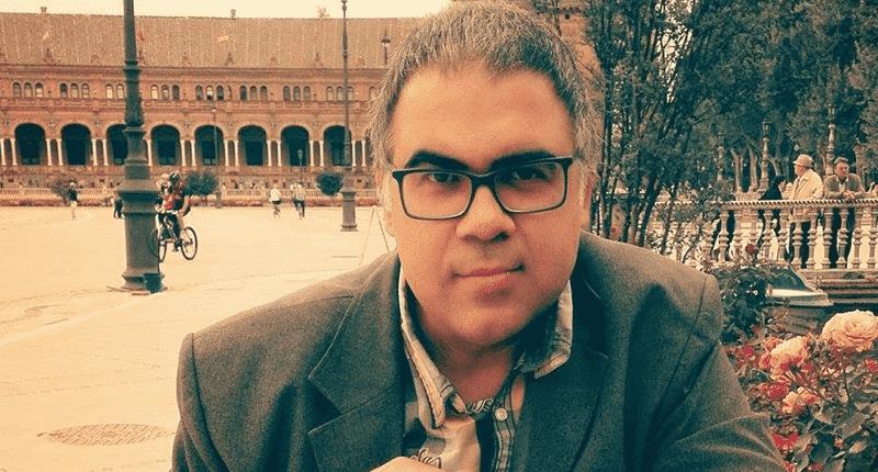 Fran Nuño ultima su libro 'Guía básica para vivir del cuento'
