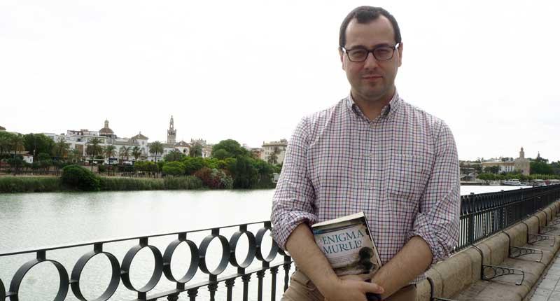 """Andrés González-Barba: """"Me gusta llegar al lector con historias que le conmuevan, que le hagan pensar"""""""