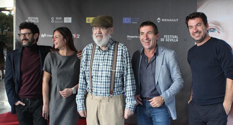 José Luis Cuerda sigue en forma con Tiempo después