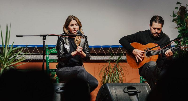 Rocío Márquez deleita con su música en el Centro Penitenciario Sevilla I