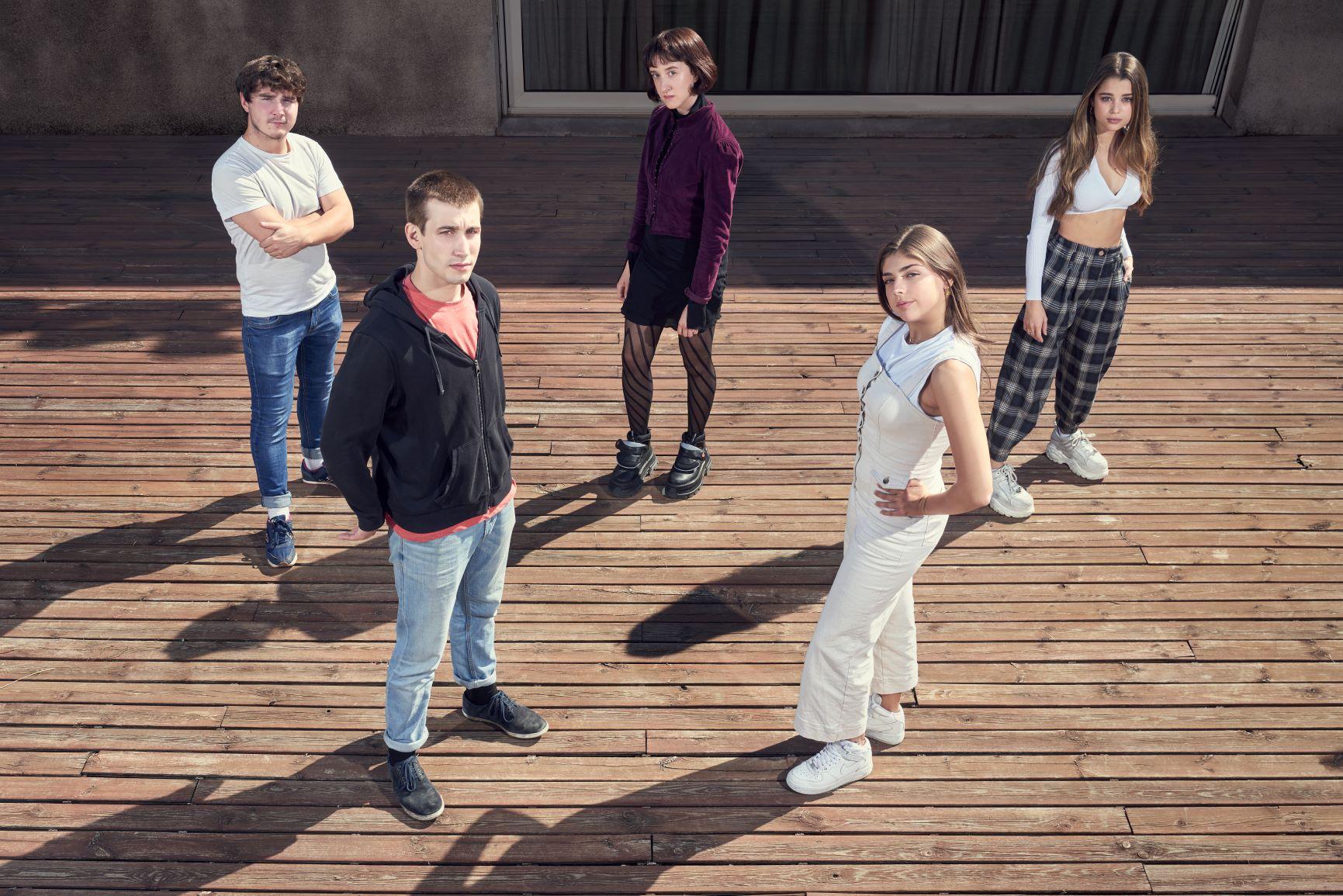 Todos mienten, la nueva serie de Movistar+, presenta su reparto