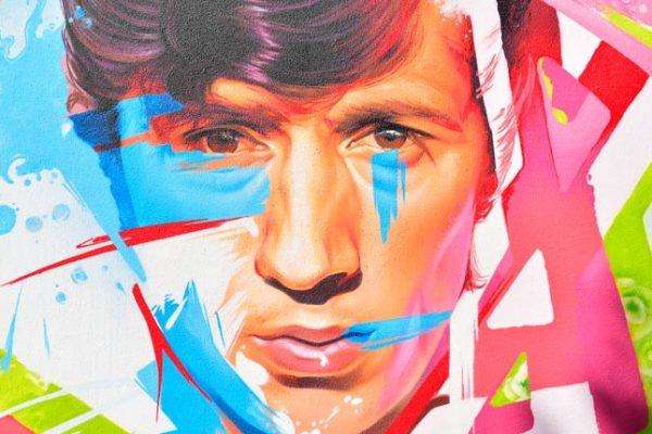 El artista urbano Man-o-Matic firma un graffiti de homenaje a Bambino
