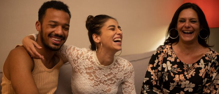 Carolina Yuste, Sergio Momo y Estefanía de los Santos personifican el espíritu de Sevillanas de Brooklyn