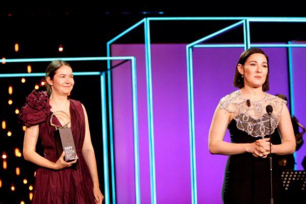 La película rumana Blue Moon gana la Concha de Oro en San Sebastián