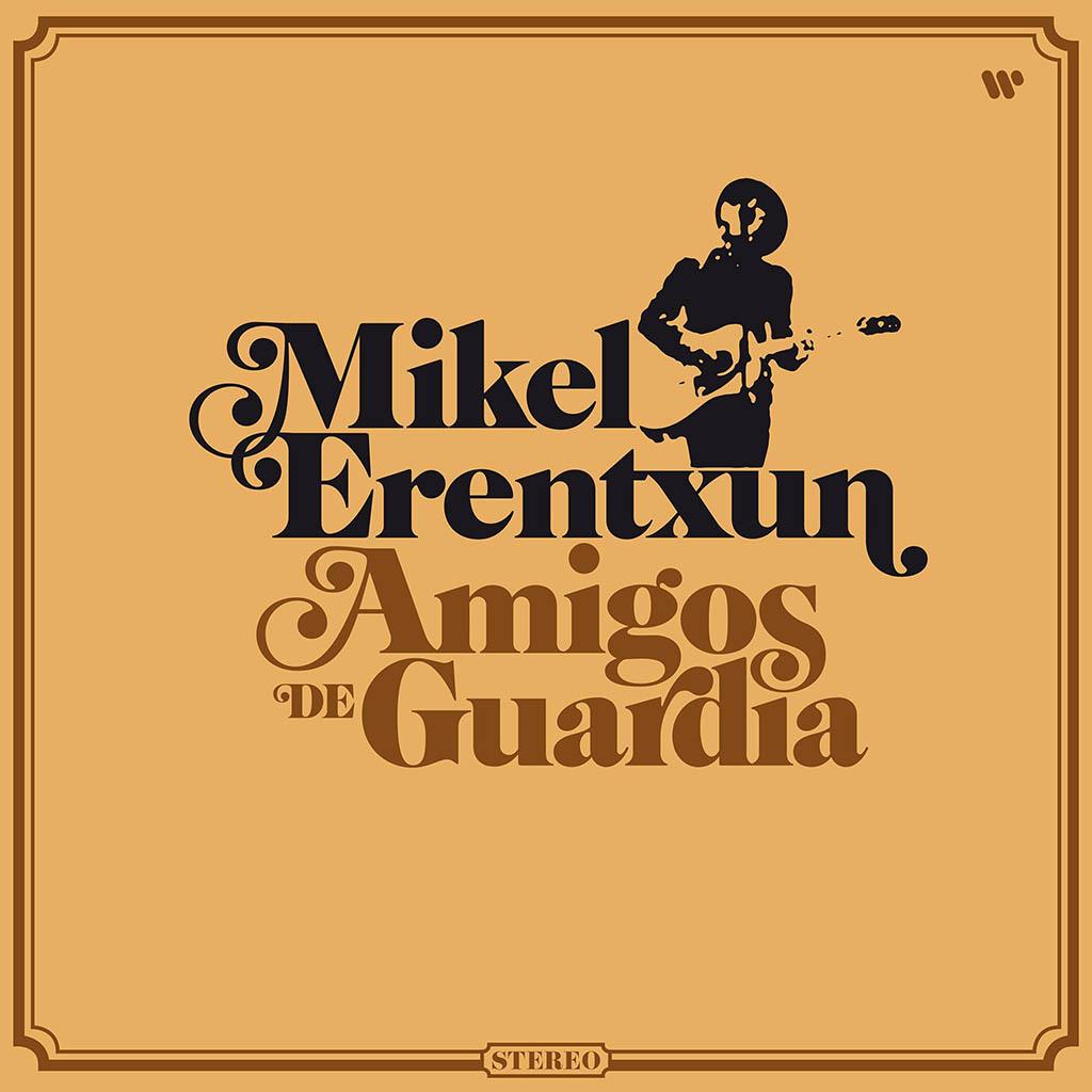 Mikel Erentxun publica Amigos de guardia y celebra 35 años en la música